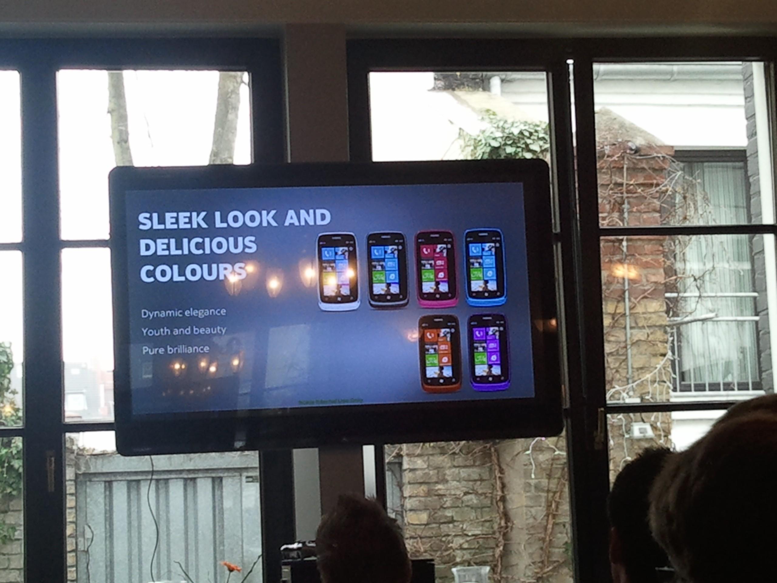 Nokia Lumia 610 kommt in verschiedenen Farben – auch orange und lila